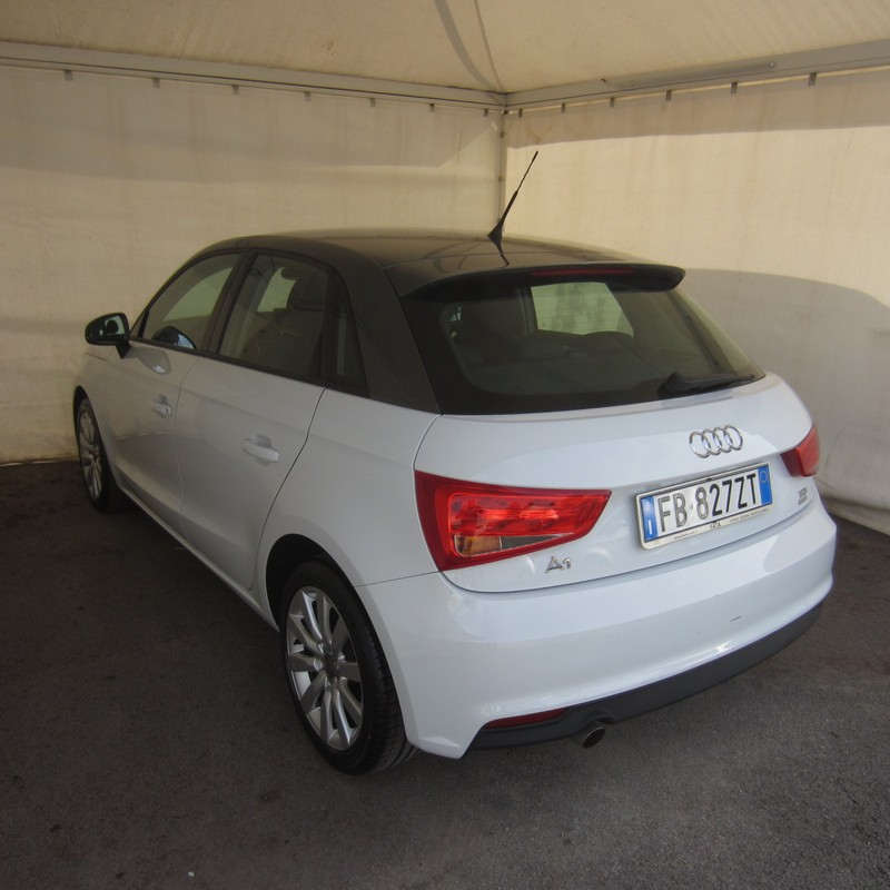 Audi A1 Sportback 1.4 TDI ultra Metal plus 2015 1