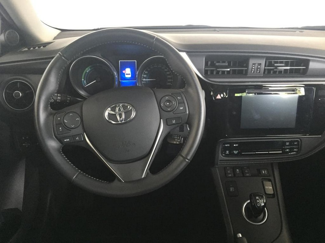 Toyota Auris TS 1.8 Hybrid Business Touring Sports 2017 13