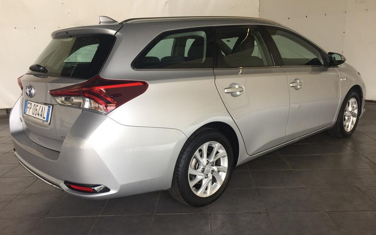 Toyota Auris TS 1.8 Hybrid Business Touring Sports 2017 5