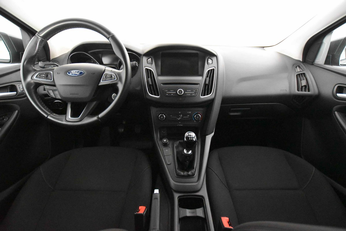 Ford Focus 1.5 TDCi 120 CV S&S Business 2014 13