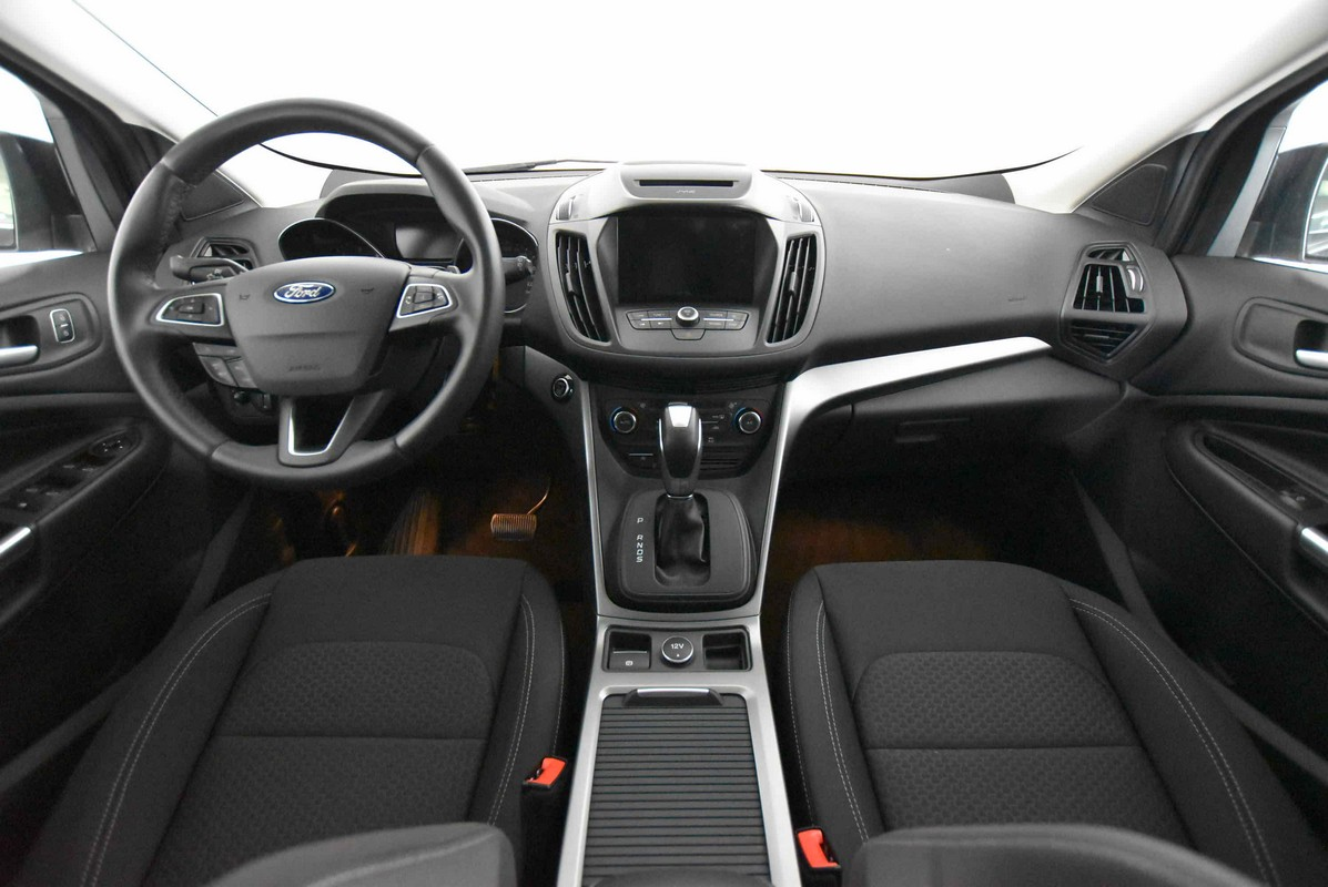 Ford Kuga 1.5 TDCI 120 CV S&S 2WD Powershift Business 2016 13