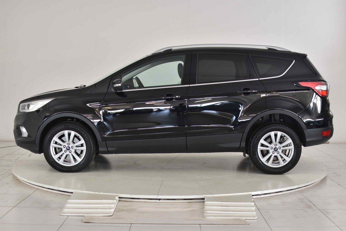 Ford Kuga 1.5 TDCI 120 CV S&S 2WD Powershift Business 2016 0