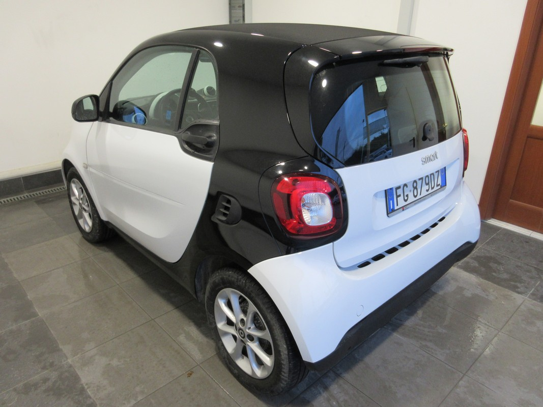 Smart Fortwo 70 1.0 twinamic Youngster 2014 0