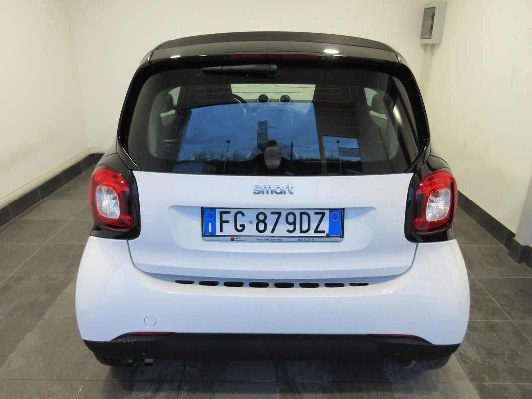 Smart Fortwo 70 1.0 twinamic Youngster 2014 4