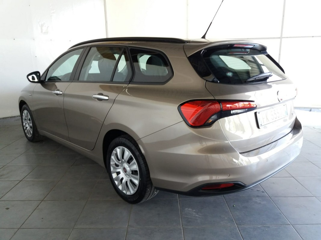 Fiat Tipo SW 1.6 Mjt S&S Easy Business Station Wagon 2016 1