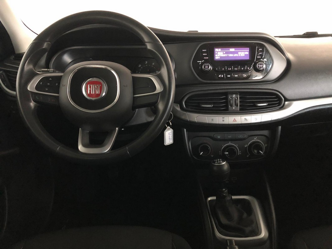 Fiat Tipo SW 1.6 Mjt S&S Easy Business Station Wagon 2016 13