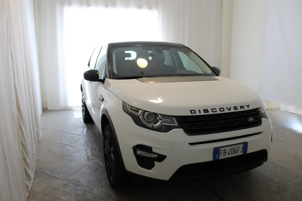 Land Rover Discovery Sport 2.0 TD4 180 CV HSE 2015 3
