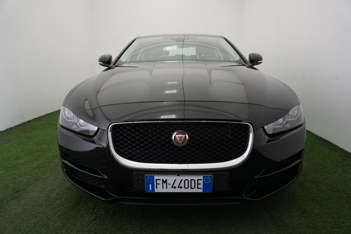 Jaguar XE 2.0 D 180 CV aut. Prestige Business Edition 2017 2