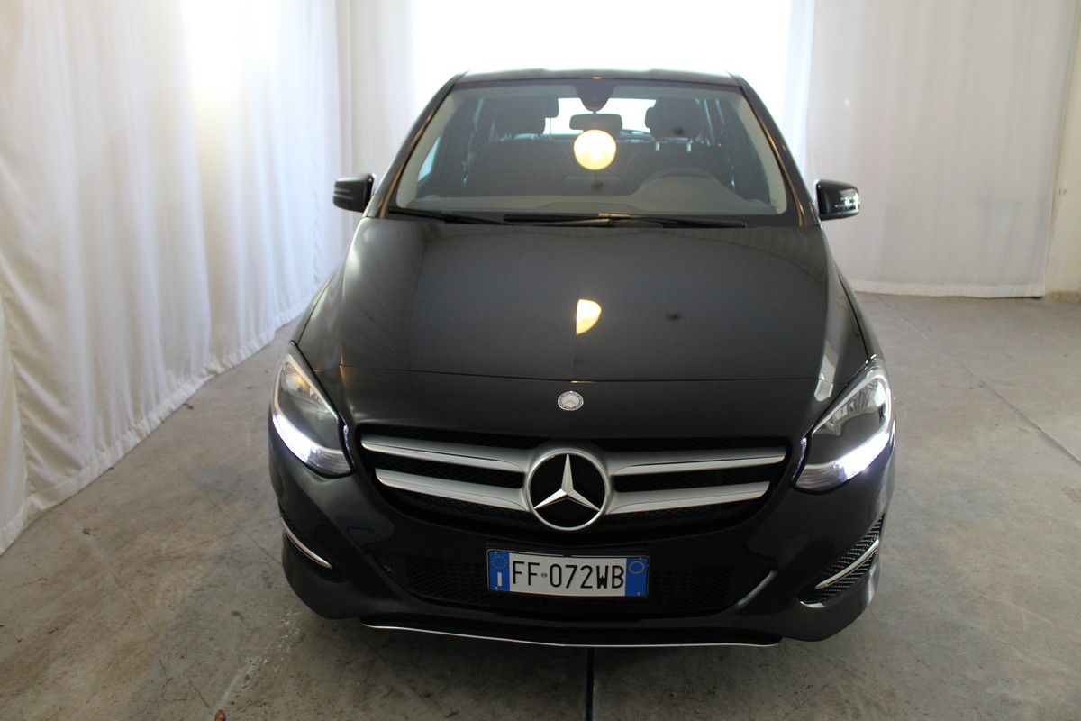 Mercedes-Benz Classe B B 180 d Automatic Business 2015 2