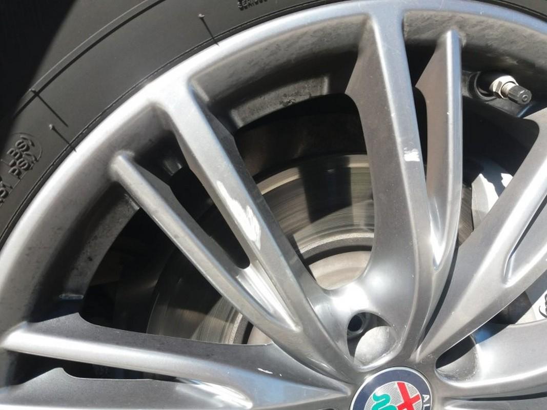 Alfa Romeo Stelvio 28