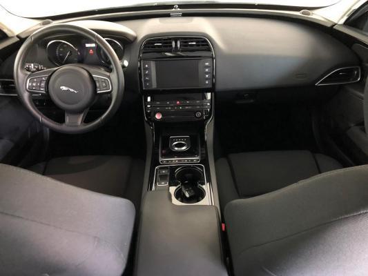 Jaguar XE 14