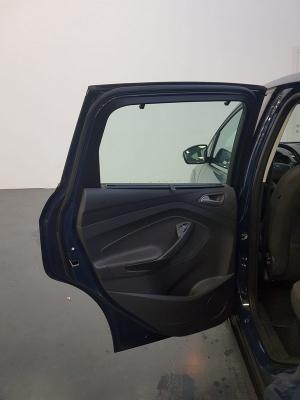 Ford C-Max 17