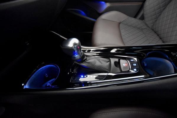 Toyota C-HR Hybrid 19