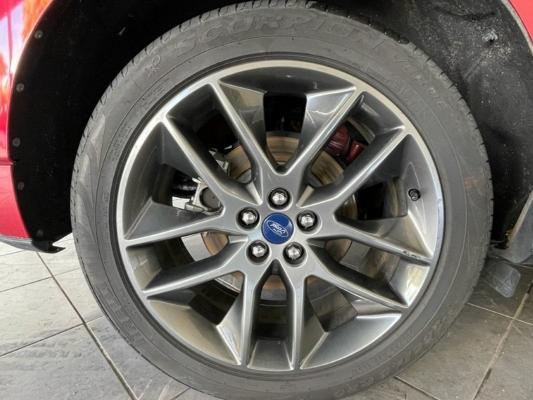 Ford Edge 19
