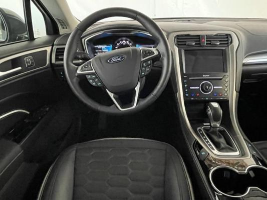 Ford Mondeo Hybrid 13