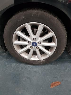 Ford C-Max 22
