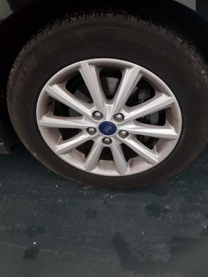 Ford C-Max 23
