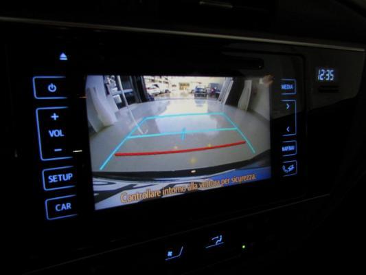 Toyota Auris TS Hybrid 24