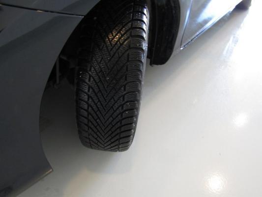 Toyota Auris TS Hybrid 30