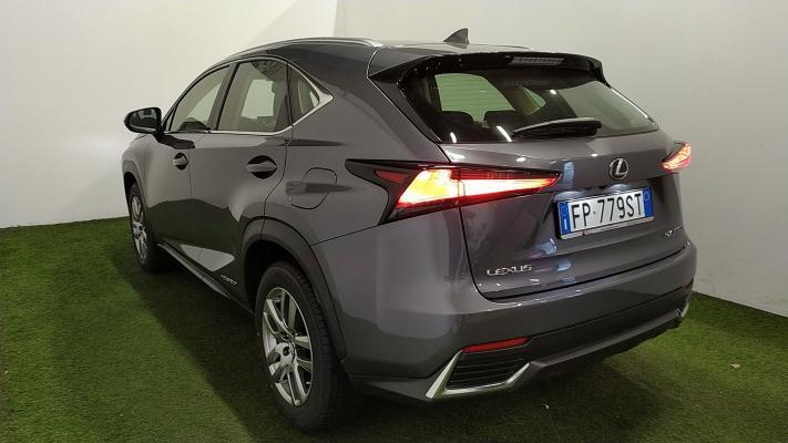Lexus NX Hybrid 1
