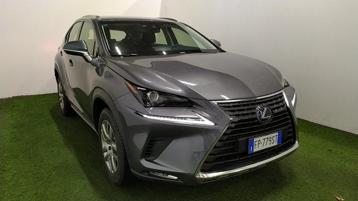 Lexus NX Hybrid 4