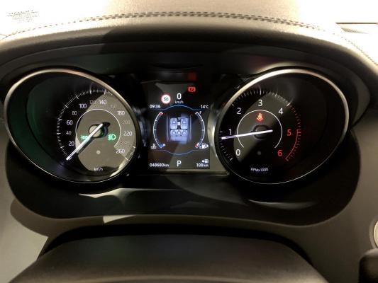 Jaguar E-Pace 15