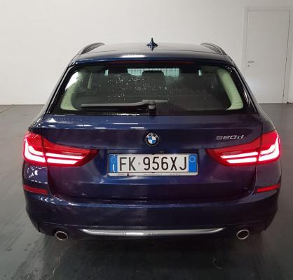 BMW Serie 5 Touring 7