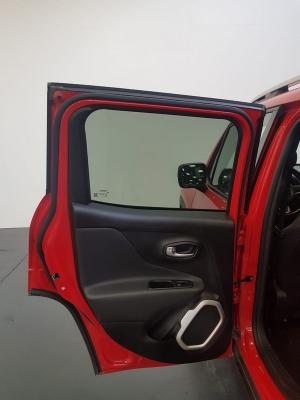 Jeep Renegade 19