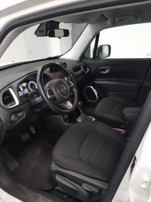 Jeep Renegade 9