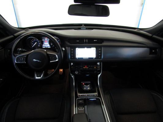 Jaguar XF 14