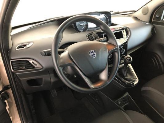 Lancia Ypsilon 14