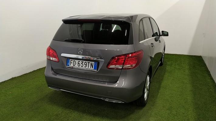 Mercedes-Benz Classe B 6