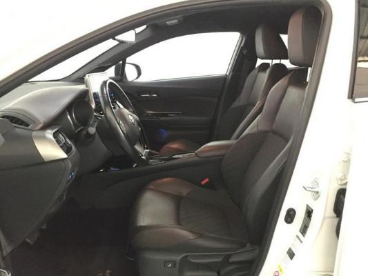 Toyota C-HR Hybrid 9