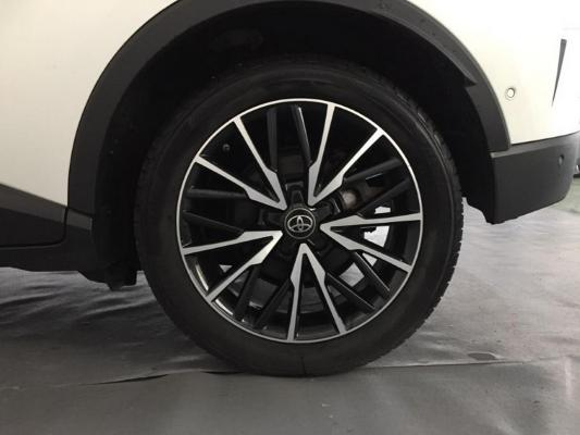 Toyota C-HR Hybrid 17