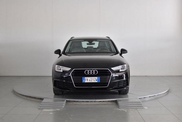 Audi A4 Avant 3