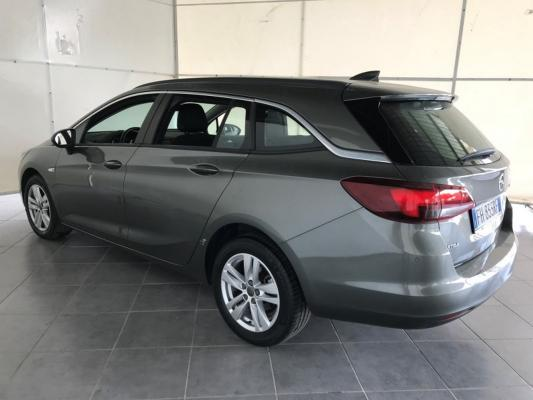 Opel Astra ST 2