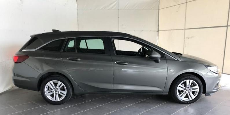 Opel Astra ST 5