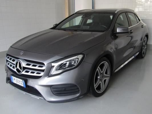 Mercedes-Benz GLA 0