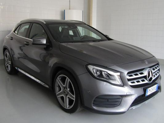 Mercedes-Benz GLA 4