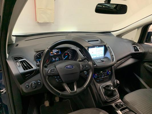 Ford C-Max 16