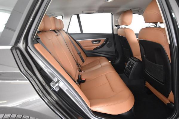 BMW Serie 3 Touring 13