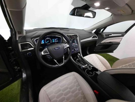 Ford Mondeo Hybrid 6