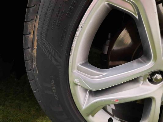 Ford Edge 104