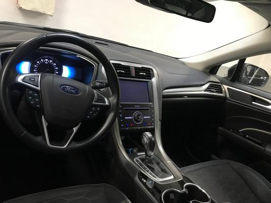 Ford Mondeo Hybrid 15