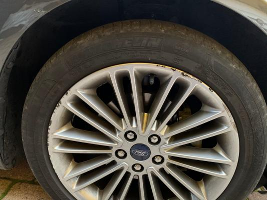 Ford Mondeo Hybrid 29