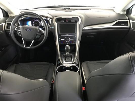 Ford Mondeo Hybrid 12