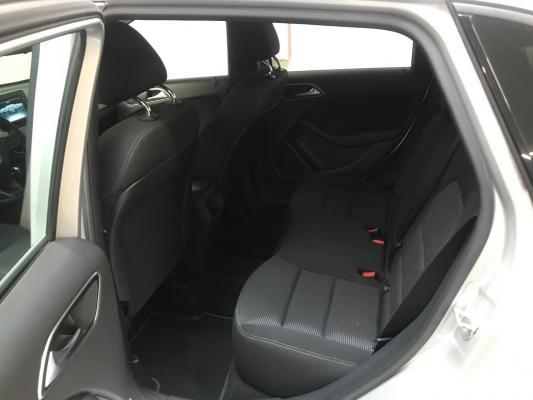 Mercedes-Benz Classe B 12