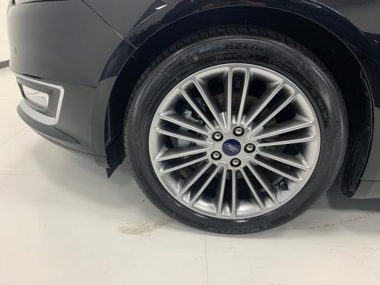Ford Mondeo Hybrid 17