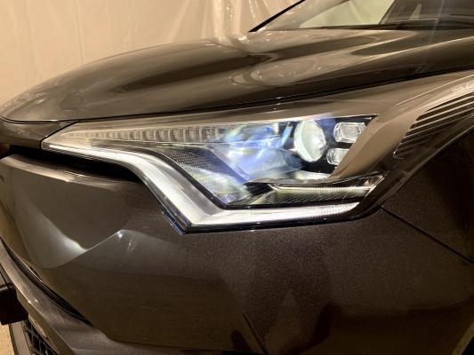 Toyota C-HR Hybrid 27