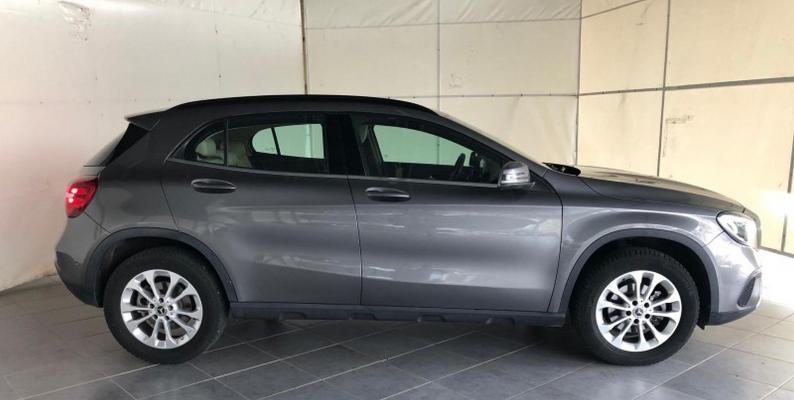 Mercedes-Benz GLA 5